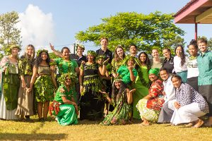 Avondale teacher education students with their Tongan supervisors.